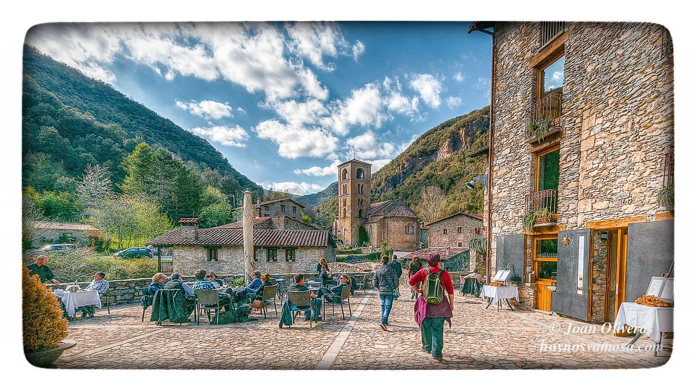 Beget un pintoresco pueblo en el pirineo catal n hoy - Casas del pirineo ...