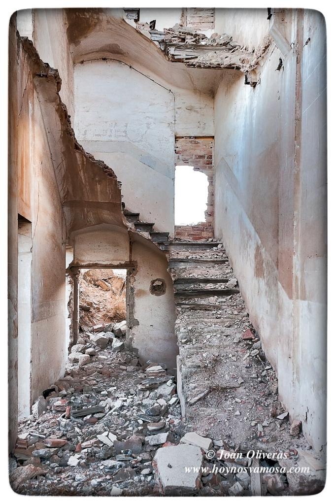 Restos de la escalera de un edificio